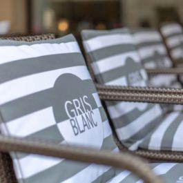 GRIS BLANC ROSE-gallerie photos - 30 sur 55